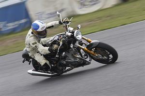 摩托車綜合諮詢室3
